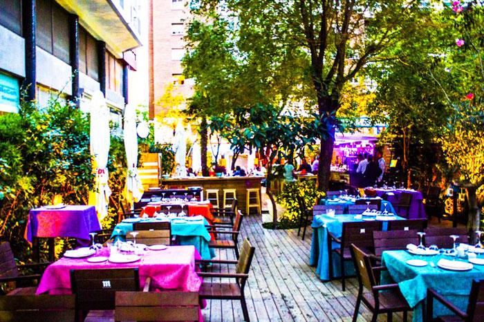 Vista de la terraza del Restaurante Doña Tecla