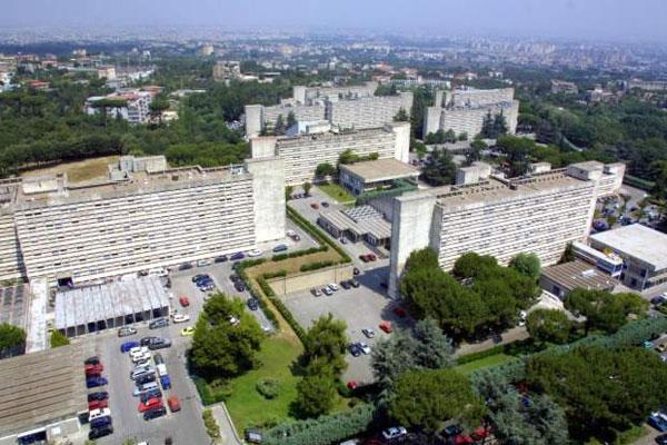 ospedale-policlinico-nuovo-di-napoli