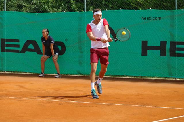 Diviértete jugando al tenis en la Costa del Sol