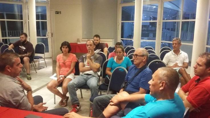 Presidente Balieiro com dirigentes dos clubes da baixada santista.