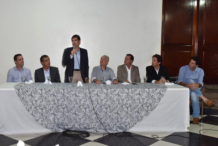 Esq. para dir.: Ricardo Aguiar (Secretário de Esporte Ribeirão Preto), Luiz Fernando Balieiro (Presidente FPT), Duarte Nogueira (Prefeito Ribeirão Preto), Fernando Berto (Presidente Recra), Marcos Machado (Instituto VINCERE), Adriano Ferreira (AF Sports), Roberto Jabali (Ex- tenista profissional)