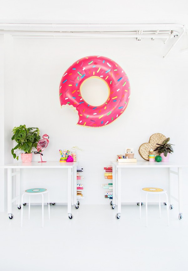 Hang-a-Donut-Float-600x862