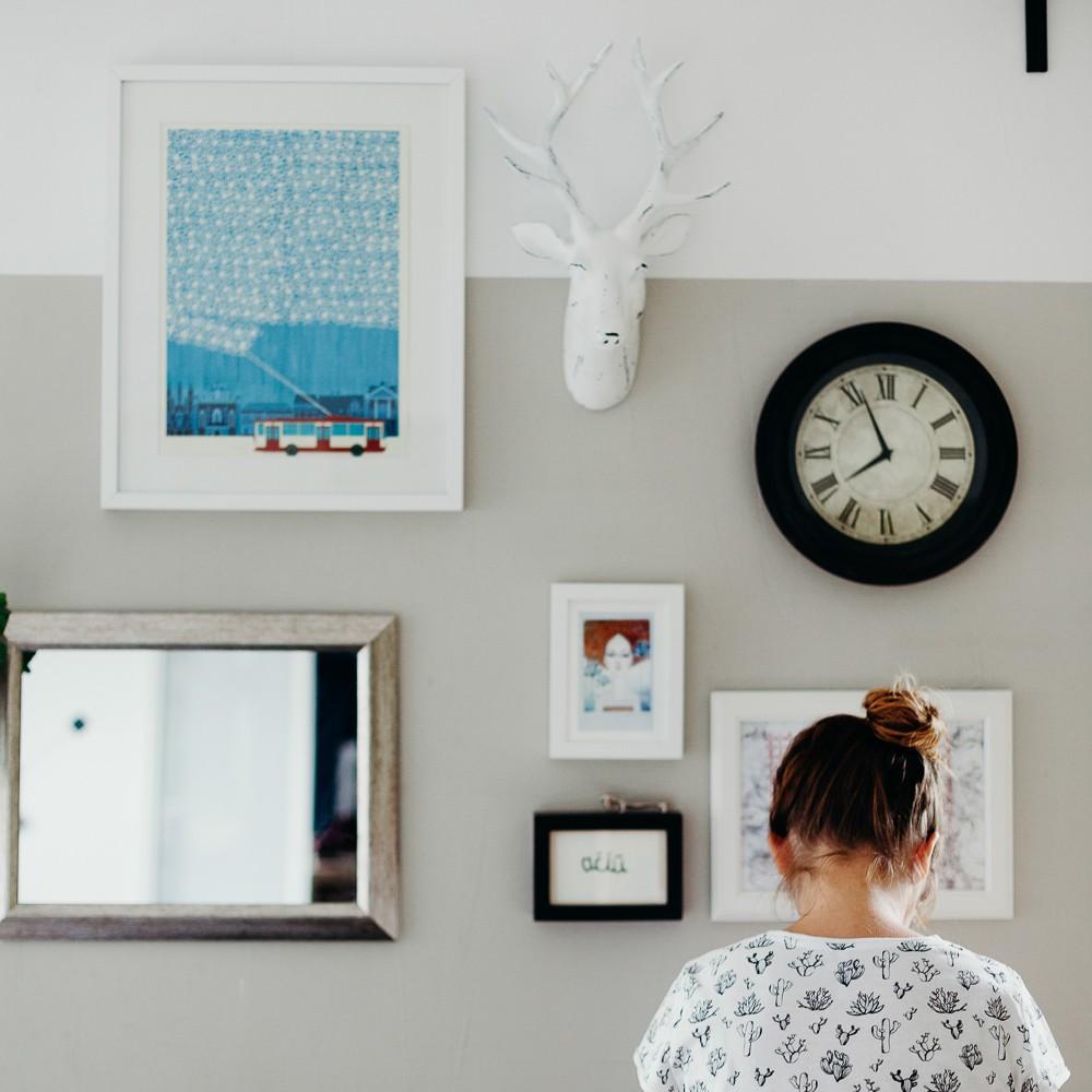 kaip kabinti paveikslus ant sienu