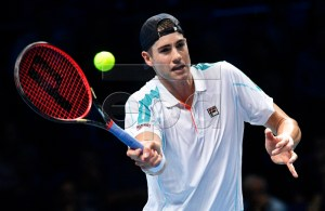 John Isner of the USA in action against Croatia's Marin Cilic during their round robin match of the ATP World Tour Finals tennis tournament in London, Britain, 14 November 2018. EPA-EFE/NEIL HALL
