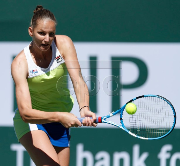 Karolina Pliskova of the Czech Republic in action against Belinda Bencic of Switzerland during the BNP Paribas Open tennis tournament at the Indian Wells Tennis Garden in Indian Wells, California, USA, 14 March 2019. The men's and women's final will be played, 17 March 2019.  EPA-EFE/JOHN G. MABANGLO