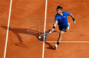 Fabio Fognini of Italy in action during his third round match against Alexander Zverev of Germany at the Monte-Carlo Rolex Masters tournament in Roquebrune Cap Martin, France, 18 April 2018. EPA-EFE/SEBASTIEN NOGIER