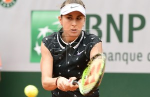 Belinda Bencic of Switzerland plays Laura Siegemund of Germany during their women?s second round match during the French Open tennis tournament at Roland Garros in Paris, France, 29 May 2019. EPA-EFE/CAROLINE BLUMBERG