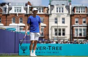 Britain's Andy Murray in action during a training session on the first day of the Fever Tree Championship at Queen's Club in London, Britain, 17 June 2019. The tournament runs from 17 till 23 June 2019. EPA-EFE/WILL OLIVER