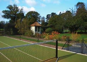 En-Tout-Cas tennis court fencing
