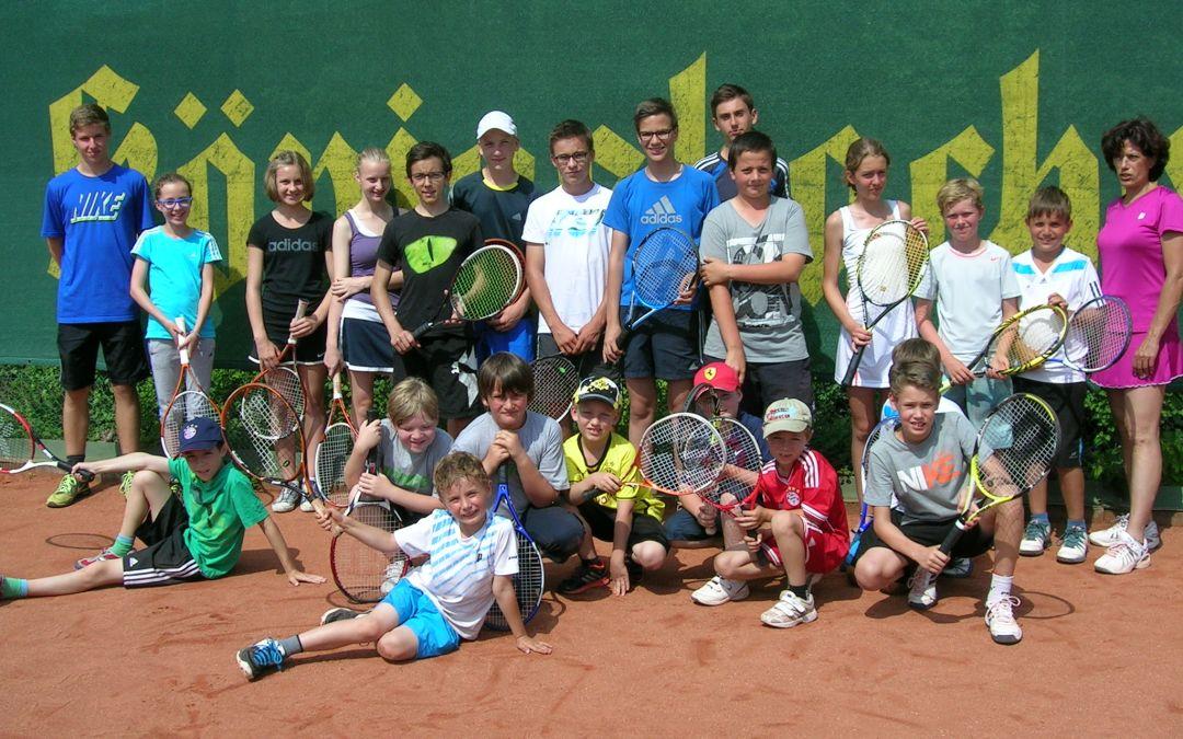 Über 50 Teilnehmer bei den Tennis-Sommercamps