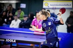 Niko Stefanova nel match d'andata contro Wei Jian (Max Mocci Fotografia)