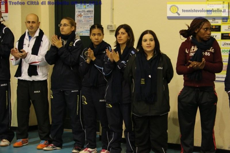 Le cinque partecipanti al Trofeo femminile (Foto Gianluca Piu)