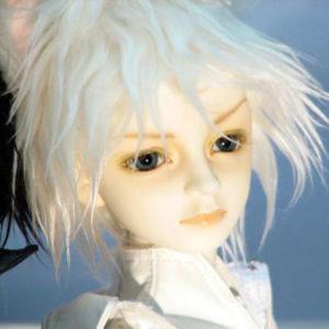 Chris-whitecat15