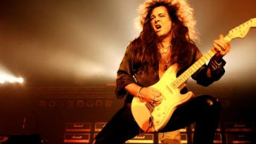 Yngwie Malmsteen - 10 Fastest Guitarists Of All Time