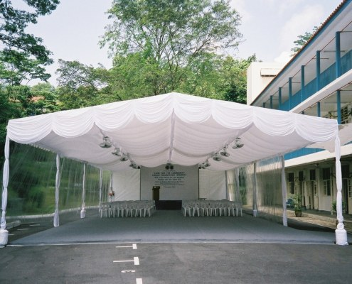 A-Shaped Tenage with inner lining and backdrop