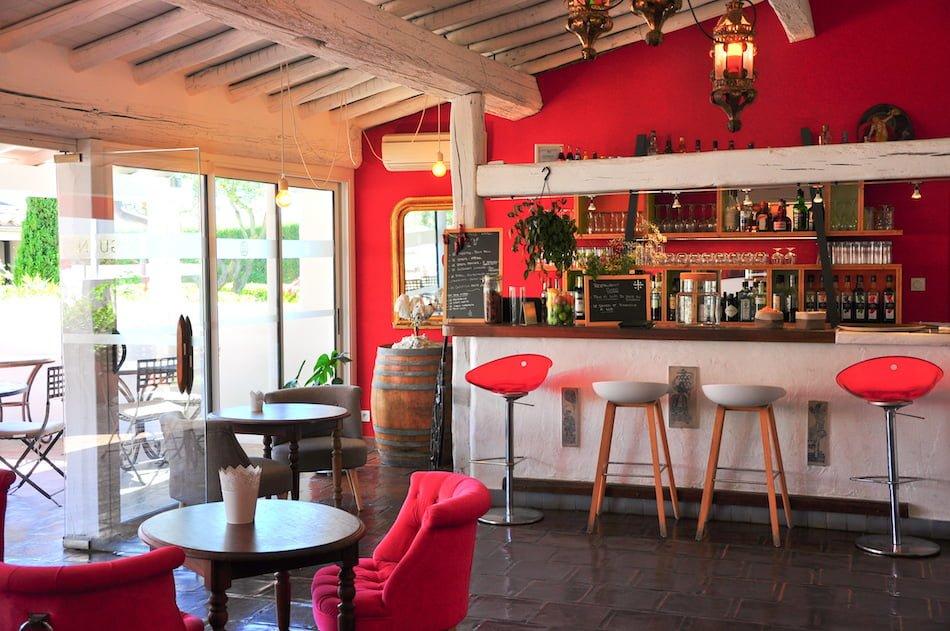 Mon expérience à l'hôtel restaurant l'Oustau Camarguen au Grau du Roi