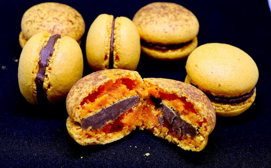 Je craque pour mes macarons chocolat passion, recette de Pierre Hermé