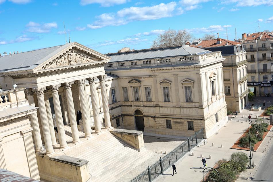 Le palais de justice vu du sommet de l'arc de triomphe Montpellier