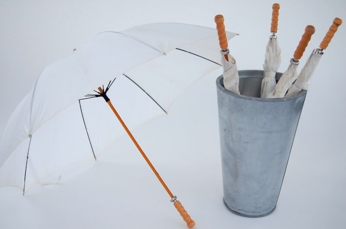 Umbrella Container & Umbrellas