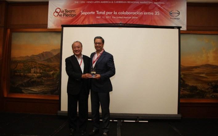 Teojama Comercial fue galardonada con seis premios por Hino Motors, LTD.