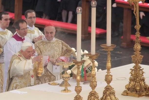 velas en el altar