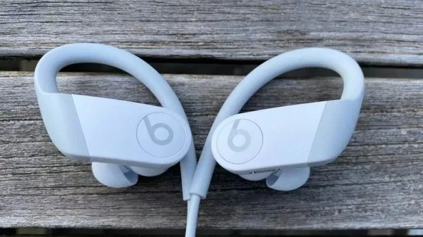 سماعة Powerbeats 4