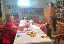 melawat-dan-mencicipi-wine-di-hungaria