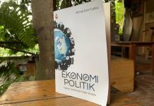 Buku Teori Ekonomi Politik