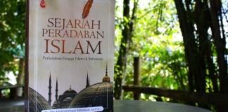 Buku Sejarah Peradaban Islam Din Muhammad Zakariya