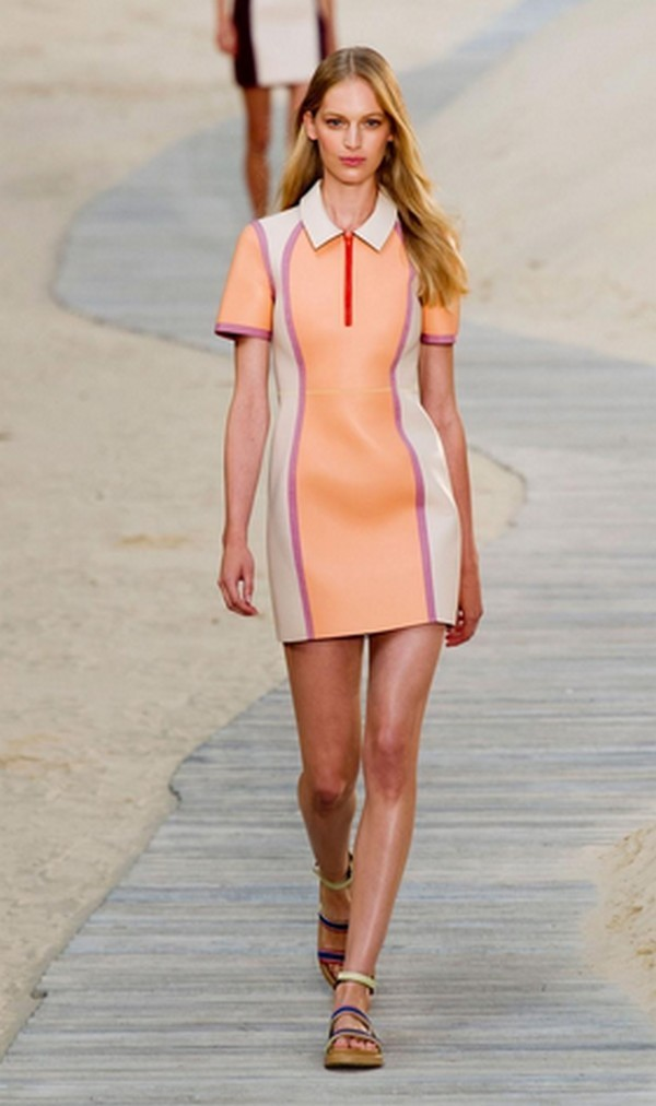 Fashion-Week-Fall-Winter-2014-2015-In-New-York-Parades-Dates-2