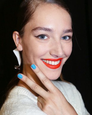 blue-nail-polish-trend-spring-2014