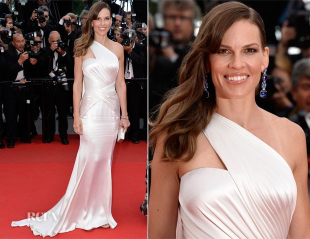 Hilary-Swank-In-Atelier-Versace-The-Homesman-Cannes-Film-Festival-Premiere