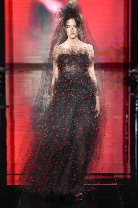 giorgio-armani-prive-couture-fall-2014-58_160427384150