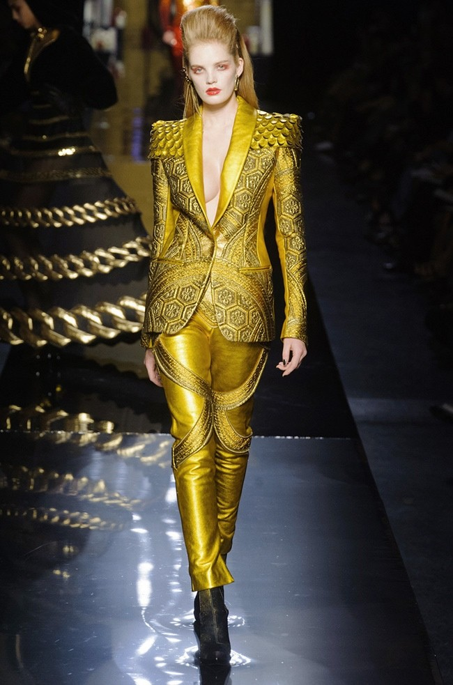 jean-paul-gaultier-2014-fall-winter-show44