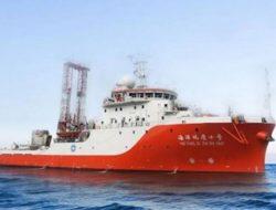 Sekilas Info: Kapal Survei China Bolak-Balik di Natuna Utara