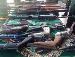 Suku Anak Dalam Serahkan 624 Senjata Api Rakitan ke Korem 042/Garuda Putih