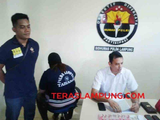 Bisnis esek-esek via medsos di Lampung