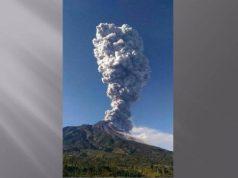 Erupsi Gunung Merapi pada Jumat pagi (11/5/2018).Foto: Slamet Raharja/net