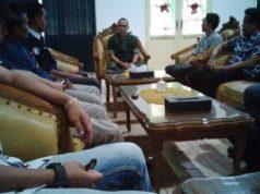 Suasana pertemuan Komandan Kodim 0412 menjelaskan seputar rencana pelaksananaan program TMMD di Lampung Utara.