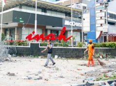 Tulisan gedung Sarinah yang rusak pasca kerusuhan aksi 22 Mei di sekitaran wilayah MH. Thamrin, Jakarta, Kamis, 23 Mei 2019. ANTARA