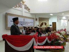 Gubernur Lampung Arinal Djunaidi memberikan sambutan pada acara pelantikan anggota DPRD Kota Bandarlampung 2019-2024.