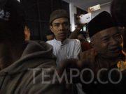 Abdul Somad tiba di gedung MUI, Jakarta, Rabu, 21 Agustus 2019. Atas ceramahnya itu, Somad telah dilaporkan ke Polda Metro Jaya oleh Komunitas Horas Bangso Batak. TEMPO/Subekti
