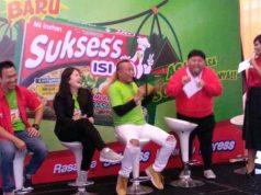 Jumpa pers dalam rangka peluncuran mie sukses's isi duo rasa soto mie bersama Sule, Jane Margaretha dan Ng Wie Wie dan dipandu oleh Pampam.