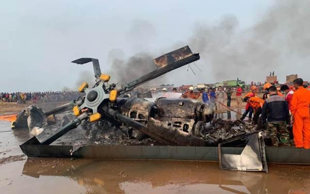 Bangkai helikopter jenis MI 17 v 5 HA 5141 yang jatuh di kawasan industri Dusun Wonorejo, Kecamatan Kaliwungu, Kabupaten Kendal, Jawa Tengah - Istimewa/Polres Kendal