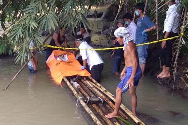 Mayat Mat Ali ditemukan di Sungai Way Sekampung di Desa Halangan Ratu, Kabupaten Pesawaran, Sabtu (18/7/2020).