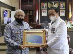 Gubernur Lampung menerima piagam WTP dari Kementerian Keuangan, Selasa (3/11/2020).