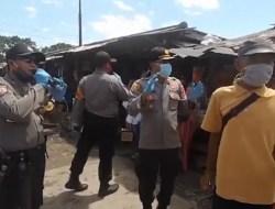 Viral Video Polisi di Tulangbawang Bernyanyi Lagu Dangdut di Pasar untuk Kampanye Prokes