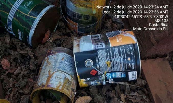 PMA autua dono de oficina mecânica por descarte irregular de resíduos perigosos