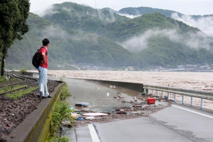 Mortes devido ao mau tempo no Japão sobem para mais de uma dezena