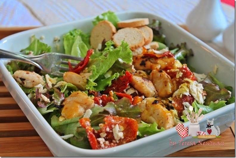 Salada de Ricota com Tomate seco